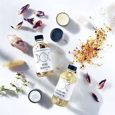 Plant-based, 100% organic, gemstoned infused skincare--could we love @aquariansouldesigns any more? ✨ #UOonYou #UOBeauty #urbanoutfitters