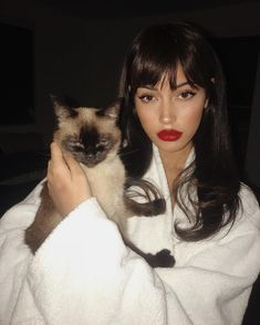 girl, cindy kimberly, and cat image Poses, Corte Y Color, Beauty Trends, Hair Inspo, Pretty Face, Pretty People, Makeup Inspiration, Hair Goals, My Hair