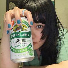 Twitter Aesthetic Japan, Japanese Aesthetic, Aesthetic Photo, Aesthetic Girl, Pose Reference Photo, Art Reference Poses, Art Poses, Ulzzang Girl, Korean Ulzzang