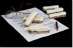 Az orgonabillentyűről nekem mindig az a sütemény jut eszembe, mely nélkül a régi falusi lakodalom erre felénk elképzelhetetlen volt. ... Izu, Naan, Minion, Camembert Cheese, Dairy, Cookies, Food, Crack Crackers, Biscuits
