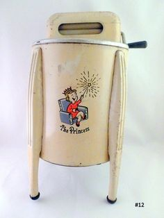 Old Toy Princess Washing Machine Includes Clothes Line Pins Clothing