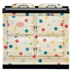 It is a match made in design heaven – Emma Bridgewater Polka Dot AGA Cooker. Emma Bridgewater has made a name for herself with cute retro designs and you