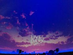 今日はSchroeder-Headz LIVE in the DARK@コニカミノルタプラネタリウム天空!天球に映った映像は平面のスクリーンとは全然違って、本当に包まれるような感覚。会場の暗さで感覚が敏感になって、音や光がより新鮮に入ってくる。プラネタリウムライブはまりそう!