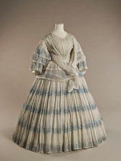 In the Swan's Shadow: Printed cotton summer dress, 1855-58    Civil War Era Dress