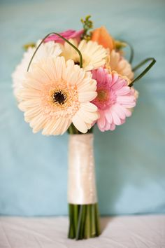 gerber daisies wedding flower bouquet, bridal bouquet, wedding flowers, add pic source on comment and we will update it. www.myfloweraffair.com can create this beautiful wedding flower look.