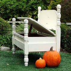 MakandJill - Bed Turned Bench Twin Sister