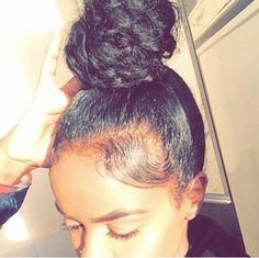 Image in Hair😍👅 collection by Dakayla on We Heart It Bun Hairstyles, Pretty Hairstyles, Straight Hairstyles, Wedding Hairstyles, Manado, Love Hair, Gorgeous Hair, Curly Hair Styles, Natural Hair Styles