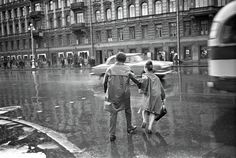 The Youth Cafes, European Fashions and Soviet Car Industry. Largest Countries, Countries Of The World, Back In The Ussr, Interesting History, Soviet Union, Beautiful Architecture, Photo Archive, Photojournalism, Vintage Photography