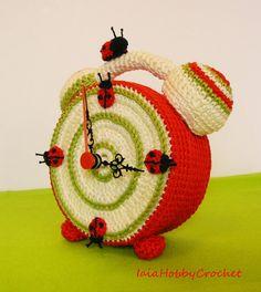 Crochet Clock Actually Working crochet clock by IaiaHobbyCrochet