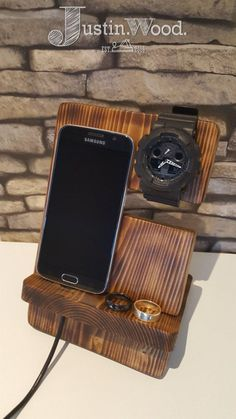 Desk Tidy\Man Tidy\Bedside Organiser- Phone and Watch Stand - Solid Beech
