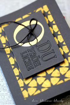 """der kleine klecks Weihnachtskarte in Schwarz und Gold - Christmascard in Black and Gold  Stanzform """"O du fröhliche"""" von Charlie & Paulchen Schablone / Stencil von todostencil"""