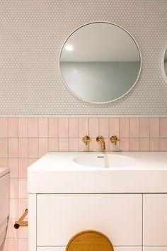 Home Interior Decoration .Home Interior Decoration Best Bathroom Designs, Bathroom Interior Design, Decor Interior Design, Interior Plants, Interior Lighting, Sweet Home, Retro Bathrooms, Pink Tile Bathrooms, Modern Bathroom