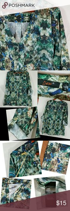 "🚨SALE🚨DEX Plus Size 2X Blouse 👉Firm Price👈 💲Bundle to get discount💲 🚨Cross Posted🚨  Women's Plus Size 2X ""DEX"" V-neck Top Blouse Hi-Lo Roll up Sleeves Green Watercolor  *READ* Flawed, see photos for details, overall still in great condition.  Please measure a similar garment that you currently own if you are not sure of sizing.   Measurements laying flat:  Armpit to armpit: 27"" Length (from back of the neck to hem): 29"" Armpit to end of sleeve: 17.5""  Item: B21 Dex Tops Tunics"