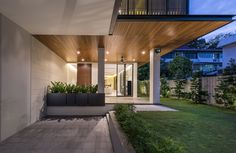 Gallery of House with Screens / ADX Architects - 5