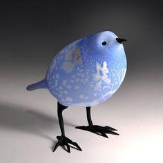 Art-Glass Blue & White Bird by artist 'Shane Fero' (known for his Art-Glass birds) via 'PismoFineArtGlass.com'♥♡♥