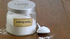 Použitie sódy bikarbóny: 7 jednoduchých trikov, ktoré musíte poznať! - TvojeZdravie.sk Skin Tags Home Remedies, Pomegranate Extract, Prevent Ingrown Hairs, Baking Soda Shampoo, Hair Gel, Aloe Vera Gel, Perfect Skin, Get Healthy