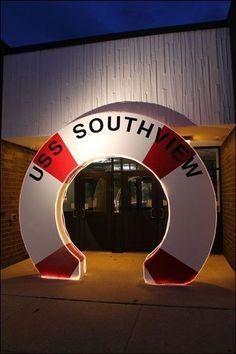 Southview-afterprom-entrance.jpg (400×600)