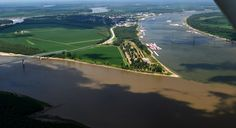 Aerial view shows the small city of Cairo at the confluence of Mississippi and Ohio Rivers. Via Ken Steinhoff