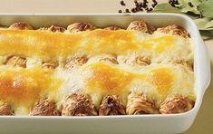 Pandekager med fiskefyld - Opskrifter - Arla Pie, Desserts, Food, Torte, Tailgate Desserts, Fruit Tarts, Dessert, Pies, Postres