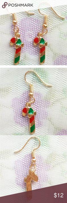 🌺 Candy Cane Earrings NWOT candy cane earrings Jewelry Earrings