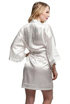 ExpressBuyNow Wedding Short Kimono Robe for bride and Bridesmaids *** You can find out more details at the link of the image.