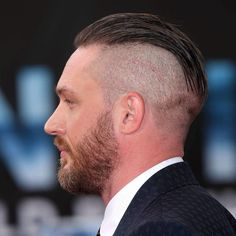25 Best Hairstyles for a Receding Hairline - Men's Hairstyles Best Undercut Hairstyles, Hairstyles For Receding Hairline, Older Mens Hairstyles, Undercut Styles, Undercut Men, Undercut Pompadour, Side Hairstyles, Haircuts For Men, Trendy Hairstyles