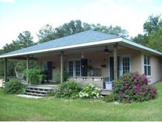 NICE HORSE FARM LOCATED OFF MILLIONAIRES ROW IN THE HEART OF HORSE COUNTRY. SUPER CUTE 3 BEDROOM 2 BATH BUNGALOW/COTTAGE WITH A COVERED PORCH OVERLOOKING THE FARM. PROPERTY ALSO INCLUDES A 4 STALL CENTER AISLE BARN, AN ARENA AND SEVERAL. http://homestoranches.com/2014/daydream-farm/
