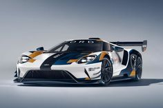 Created in partnership with the Ford GT Mk II delivers the full performance potential of the in a track-… Ford Gt Mk2, Ford Gt40, Car Ford, Cars Uk, Race Cars, Ferrari, Dual Clutch Transmission, Dream Car Garage, Debutante
