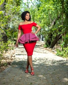 LOVELY ANKARA DRESSES, it is good to have a flared gown with nice folds at the shoulders in your wardrobe. African Bridesmaid Dresses, African Wedding Attire, African Print Dresses, African Attire, African Dress, African Wear, African Clothes, African Fashion Ankara, Latest African Fashion Dresses