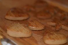 Toruńskie pierniczki - puszyste, mięciutkie i pachnące Food Cakes, Cake Recipes, Xmas, Christmas, Sweets, Bread, Cookies, Kitchen, Cakes