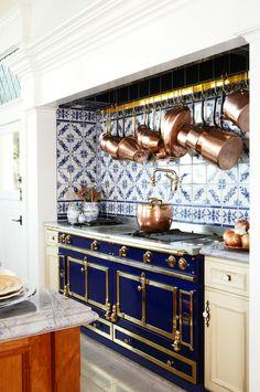 Kitchen Interior Design Delft Tile Kitchen Backsplash, Pot Rack Above Range Home Decor Kitchen, Rustic Kitchen, Interior Design Kitchen, New Kitchen, Home Kitchens, Kitchen Dining, Decorating Kitchen, Decorating Games, Copper Interior