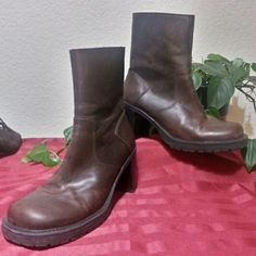 8d10747a5e091 Ultra nice brown boot. Thick quality brown leather. Brazilian made. No real  signs