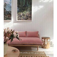 """• terminando domingão •• Amamos esta combinação de cores e acabamentos + toque feminino  mood que estamos querendo imprimir no nosso """"ap"""" • via @studiodore @popandscott • #apto41inspira #homedecor #decor #home #decoracao #interiordesign #interior"""