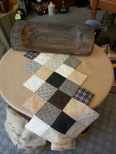 Primitive table runner by Quilt n Tym