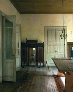 "Moro Dabron on Instagram: ""Casa Vogue"" Interior Architecture, Interior And Exterior, Ivy House, Antique Interior, Vintage Interiors, Rustic Elegance, Beautiful Space, Historic Homes, Beautiful Interiors"