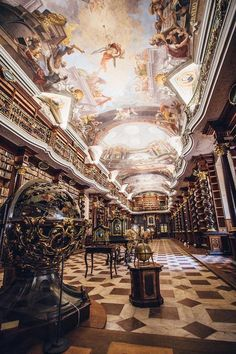 The magnificent Baroque Library Hall located in the city of Prague, has remained completely unaltered since its foundation in the year 1722.