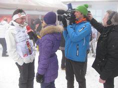 Kurt bei einem Interviewe für ORF Seitenblicke: Mehr darüber findet man auf www.kurtelsasser.de Videos, Canada Goose Jackets, Winter Jackets, Fashion, Photos, Winter Coats, Moda, Winter Vest Outfits, Fasion
