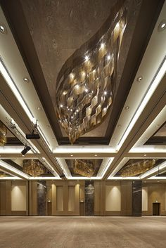 Fairmont Baku, Flame Towers - Lasvit