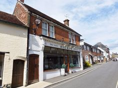 Petersfield is a beautiful town in Hampshire. Visit our website to find out more.
