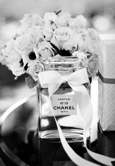 chanel no 5. I hear its to die for.... yet to try it.