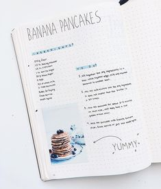 I love this idea for recipes! It would be perfect in my bullet journal. Bullet Journal Flowers, Bullet Journal Ideas Pages, Bullet Journal Inspiration, Recipe Book Design, Cookbook Design, Homemade Recipe Books, Diy Recipe Book, Homemade Cookbook, Family Recipe Book