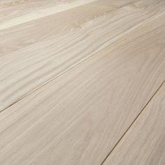 Baseco - Trägolv. Massivt. Modern vit ek. Sortiment Premium. Wooden Flooring, Wood Paneling, Hardwood Floors, Vintage Industrial, Home Renovation, Vit, Home Decor, Arrow Keys, Close Image