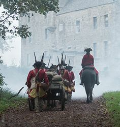 Redcoats!  And is that Captain Jonathan Wolverton Randall of His Majesty's 8th Dragoons, riding alongside?