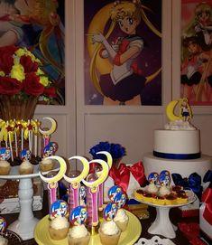 No hay descripción de la foto disponible. Sailor Moon Birthday, Sailor Moon Party, Sailor Moon Wedding, Luna Sailor Moon, Sailor Moon Cakes, 16th Birthday, Birthday Parties, Photo Booth Setup, Bridal Shower