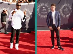 A mix between formal and casual seemed to be the most common look on the red carpet at the 2014 VMAs. Formal shirts paired with casual blazers and sneakers were the option for which stars like Usher or Gregg Sulkin opted.  More red carpet looks:  http://attireclub.org/2014/08/26/dress-occasion-vmas-vs-emmys/  #vmas #style #fashion