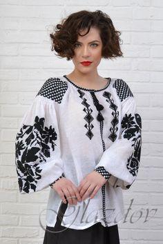 Ukrainian linen blouse vyshyvanka, embroidered blouse, white women's blouse with embroidery, blouse Embroidered Clothes, Embroidered Blouse, Folk Fashion, Ethnic Fashion, Ukrainian Dress, Ethno Style, Sewing Blouses, Folk Embroidery, Shirt Embroidery