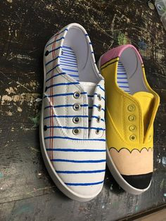 I think some lady would definitely be astounded by these types of shoes. Painted Canvas Shoes, Custom Painted Shoes, Painted Sneakers, Hand Painted Shoes, Custom Shoes, Disney Painted Shoes, Customised Shoes, Dandy, Shoes 2018