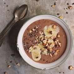 Chocolate Hazelnut Smoothie Bowls