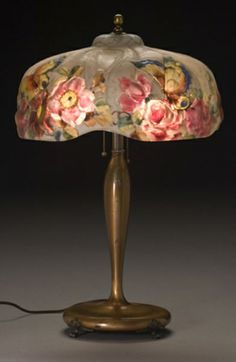 Puffy  Lamp   | PAIRPOINT PUFFY LAMP WITH PAPILLON AND ROSES SHADE,