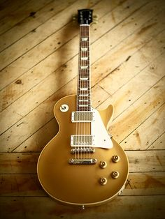Gibson Les Paul Goldtop. It's beautiful. If only.